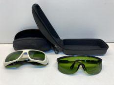 2 Pairs of Protective Glasses in Zip-Up Cases
