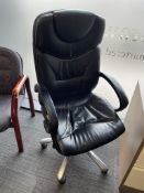 High Back Swivel Armchair in Black| ** DAMAGED **