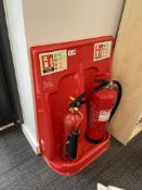 2 x Chubb 2kg/6L Carbon Dioxide & AFFF Foam Spray Fire Extinguishers w/ Stand