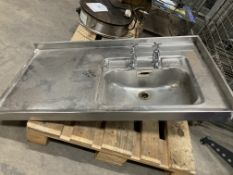 Steel Sink Basin W/ Hot & Cold Taps