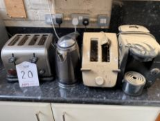 2 Toasters and Bosch Coffee Machine