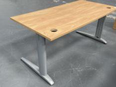 Wooden Effect Work/Office Desk | 160cm x 80cm x 74cm