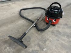 Henry HVR200A Numatic Vacuum Cleaner