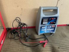 Maypole MP74112 6/12v Battery Charger/Starter