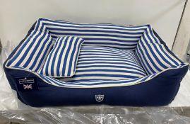 Hugo & Hudson L Striped Pattern Canvas Pet Bed - Blue/Cream - RRP£79.99
