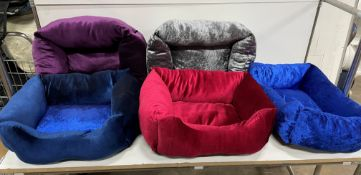20 x Various Velvet Pet Beds - As Pictured