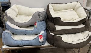 21 x Various Pet Beds - Good Stock/Samples/Faulty/Unfinished - As Pictured