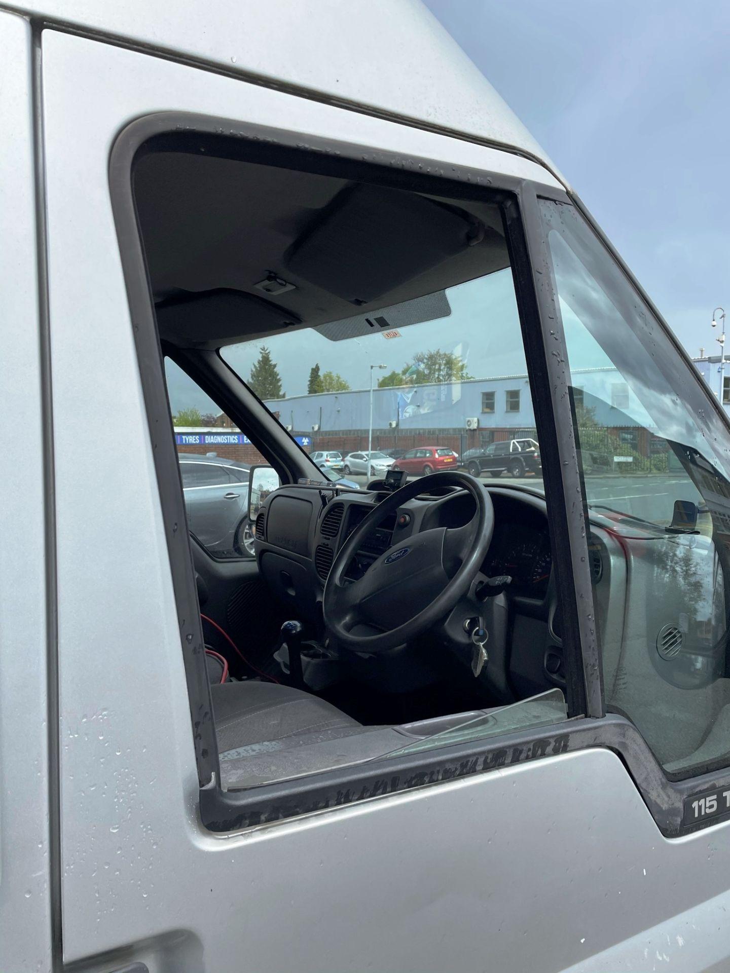 Ford Transit 350 LWB Panel Van   05 Plate  168,443 Miles - Image 17 of 22