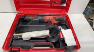 HILTI DX 351 POWER-ACTUATED TOOL