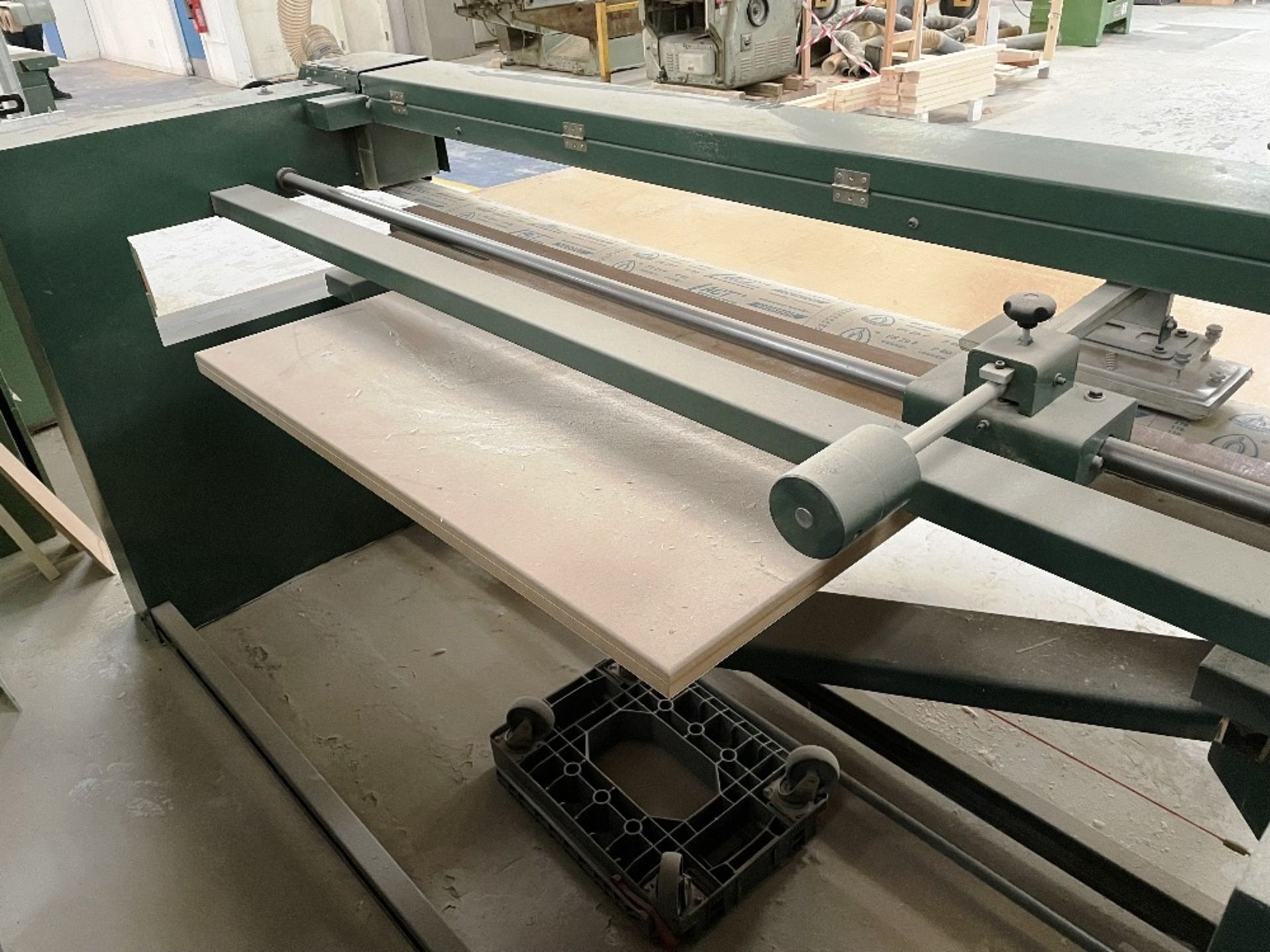 Felder FS 2200 Belt Sander w/ Spare Sanding Belts & Pads - Image 5 of 13