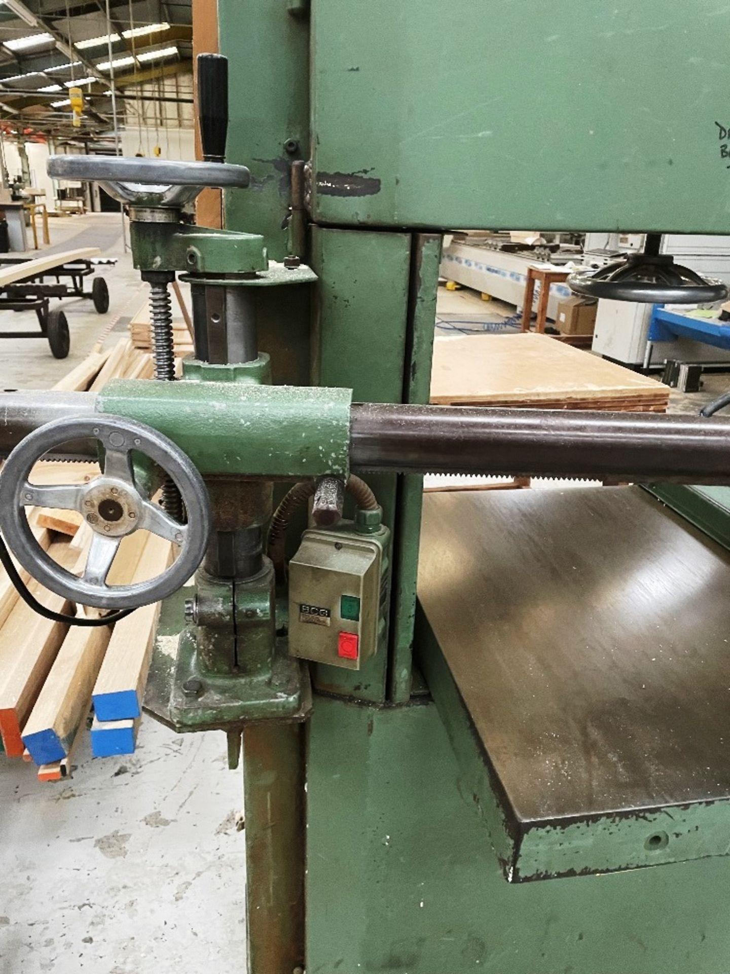 Wadkin Bursgreen Vertical Bandsaw w/ Power Feed - Image 6 of 9