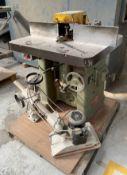 Wadkin EQ Spindle Moulder w/ Maggi Steff 2034 Power Feed