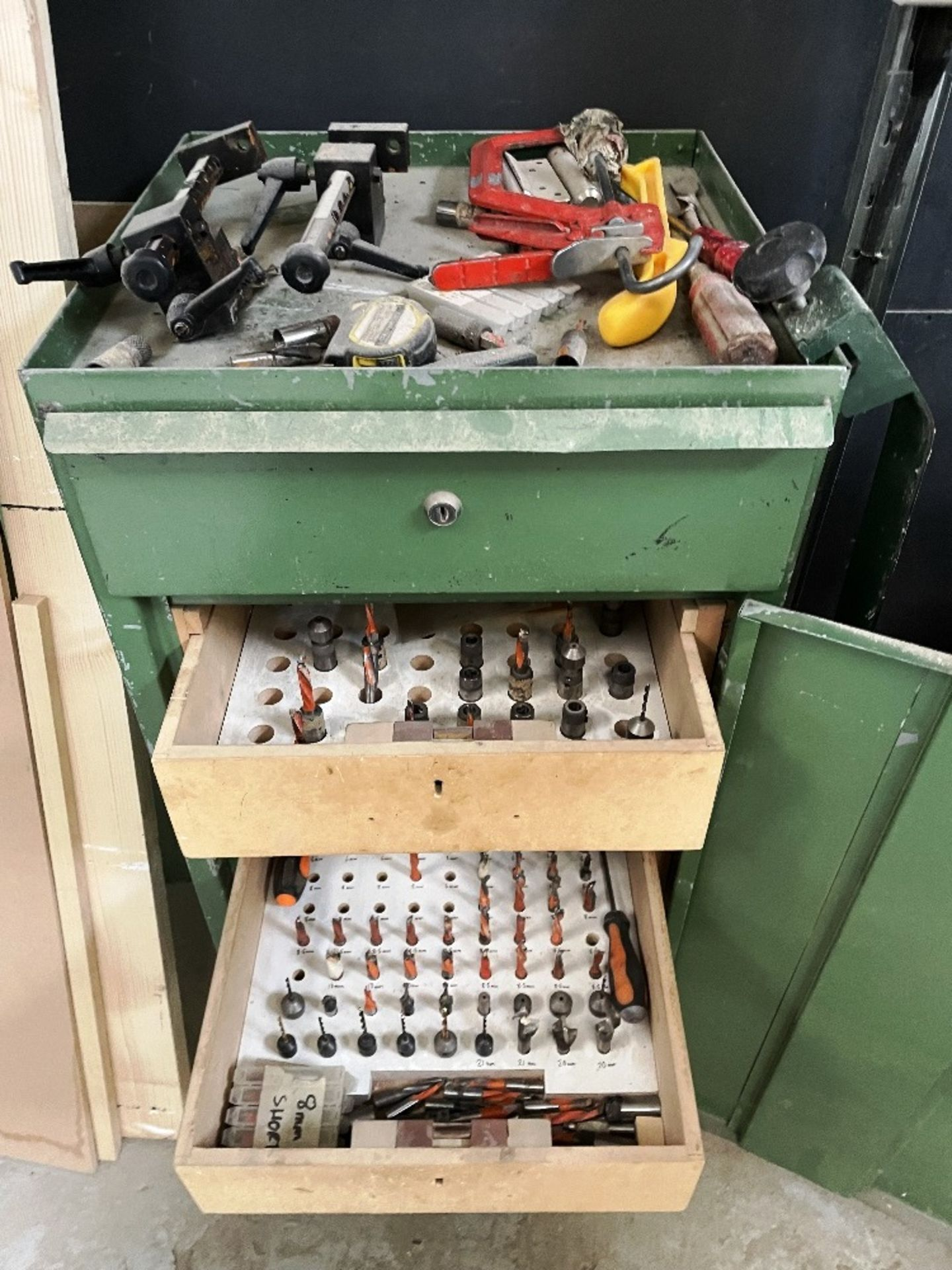 Maggi 3532 4 Head Boring Machine w/ Tool Cabinet & Tooling | YOM: 1999 - Image 8 of 12