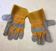 Large Quantity Of Rigger Gloves
