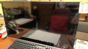 Hisense LHD32K370WTEU LED backlight TV with desk mounted arm