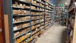 Entire stock of fastening distributor | Cost price £ 151,014, Vehicles, Forklift, Racking, Warehouse equipment