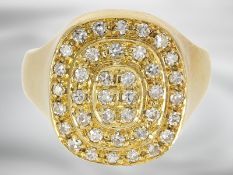Ring: dekorativer gelbgoldener Diamantring, ca. 0,6ct, 18K Gold