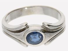 Ring: dekorativer vintage Saphirring, 14K Weißgold: Ca. Ø17mm, RG54, ca. 4,4g, 14K Weißgold, besetzt
