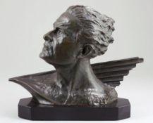 Frédéric C. Focht1879 - Büste von Jean Mermoz - Bronze. Olivgrün und braun patiniert. Sch