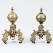 Paar Kaminböcke mit Löwenköpfen Frankreich, 18.Jh. Bronze. Eisen. 50 x 30 x 48 cm. Auf ges