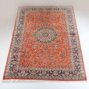 Teppich Iran, erste Hälfte 20. Jahrhundert. Seide. Ohne / mit Fransen ca. 198 / 207 x 140 cm