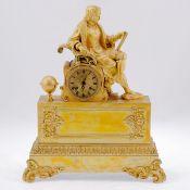 Empire Uhr mit einem Astronom Frankreich, um 1820. Bronze, feuervergoldet. 46,5 x 38 x 15 cm.