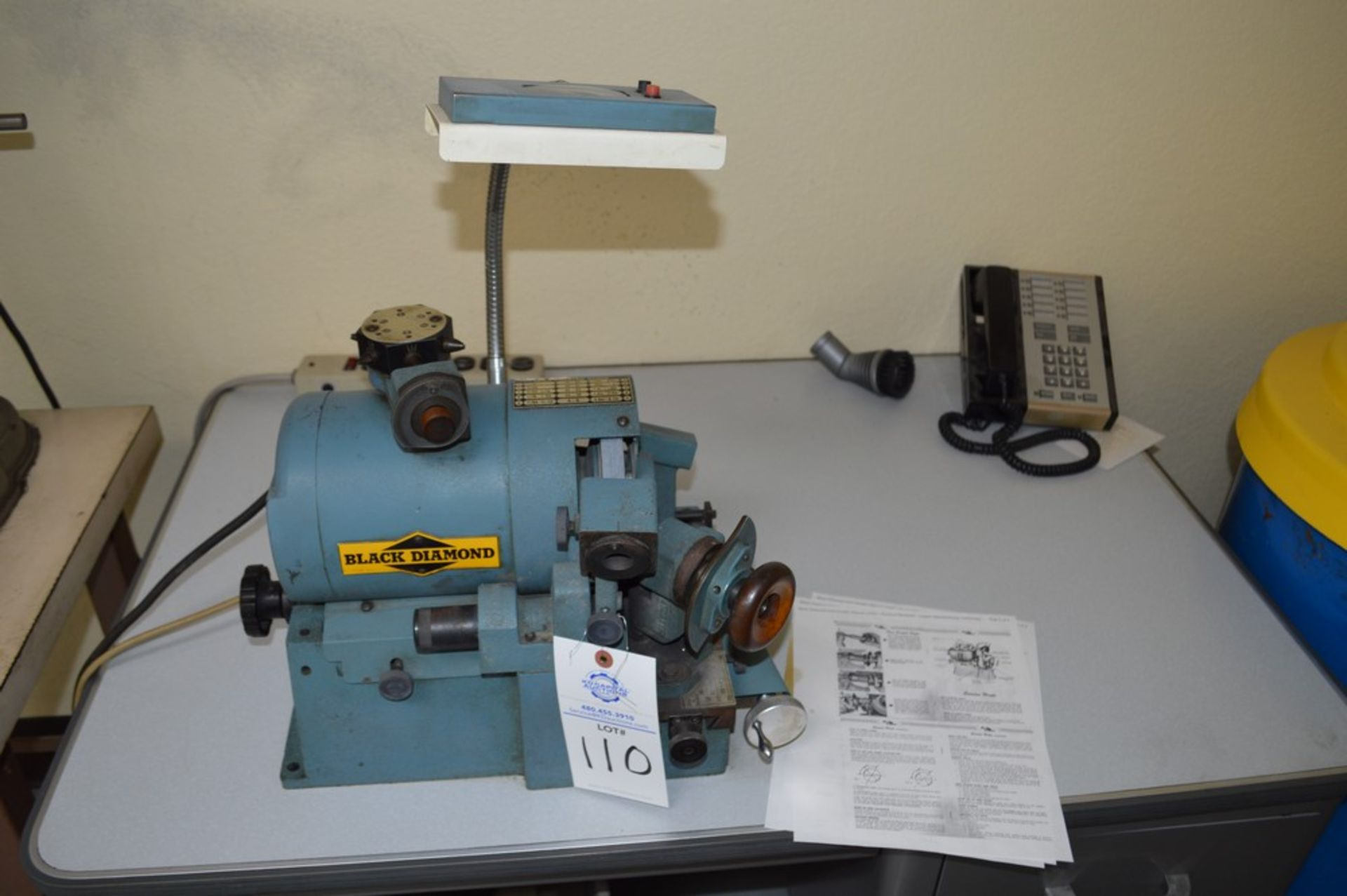 Black diamond precision drill grinder with 6 position tool changer and light
