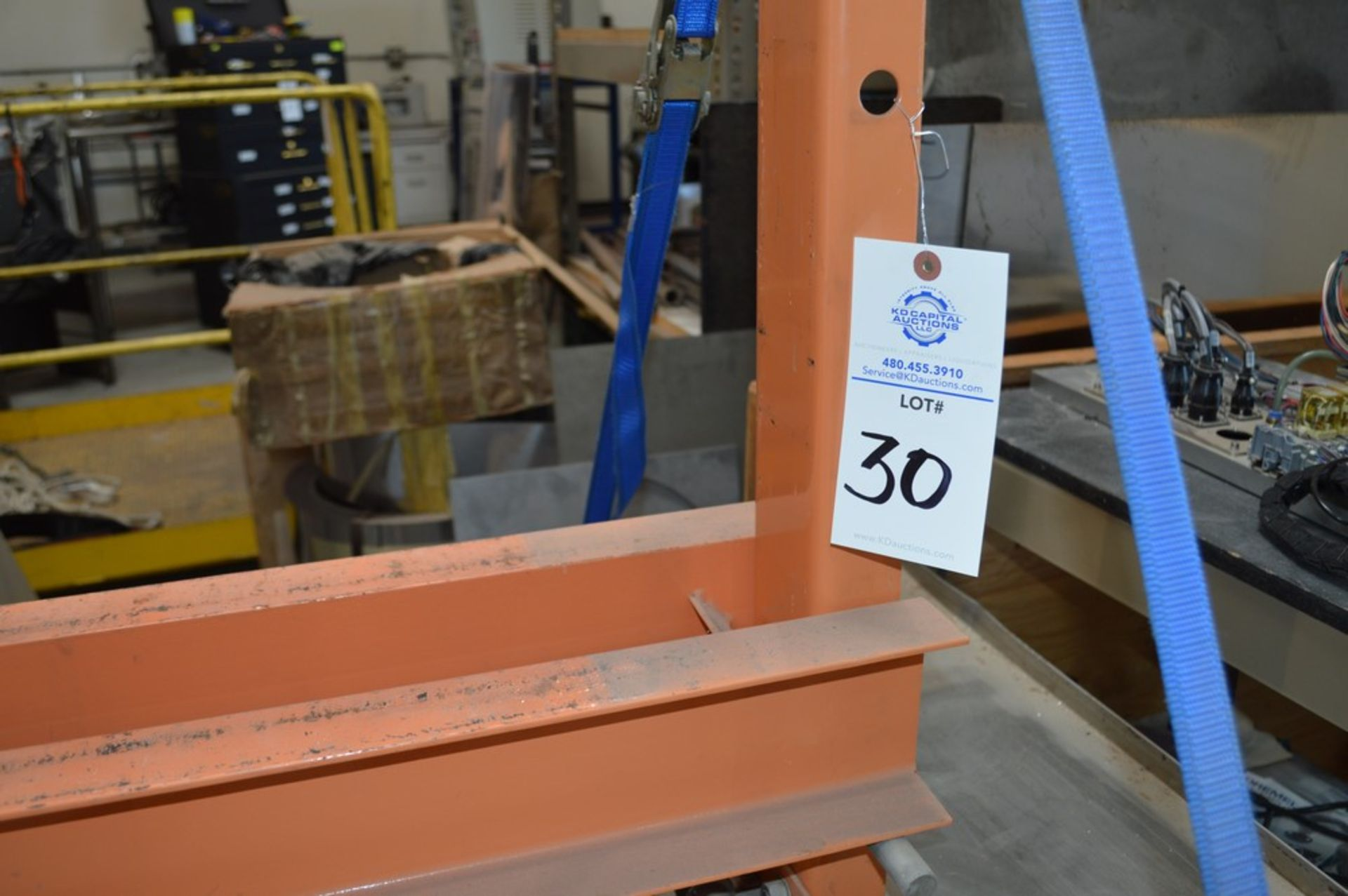 Central Hydraulics 20 Ton shop press, small steel table - Image 2 of 4