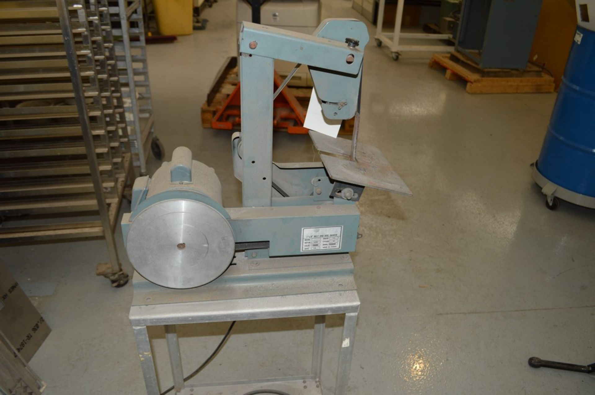 """1"""" x 8"""" Belt and Disc Sander on small metal rolling stand - Image 4 of 5"""