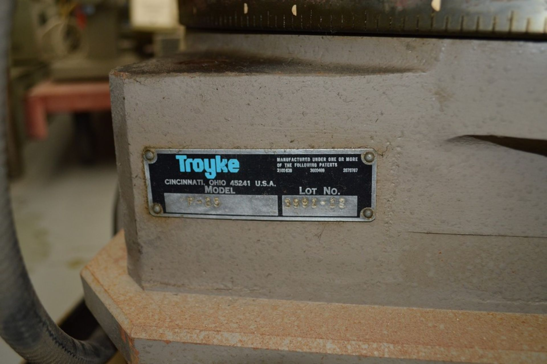 Troyke Model P25 full 4th electric rotary table with low speed gear, 1 reducer and motor speed - Image 5 of 6
