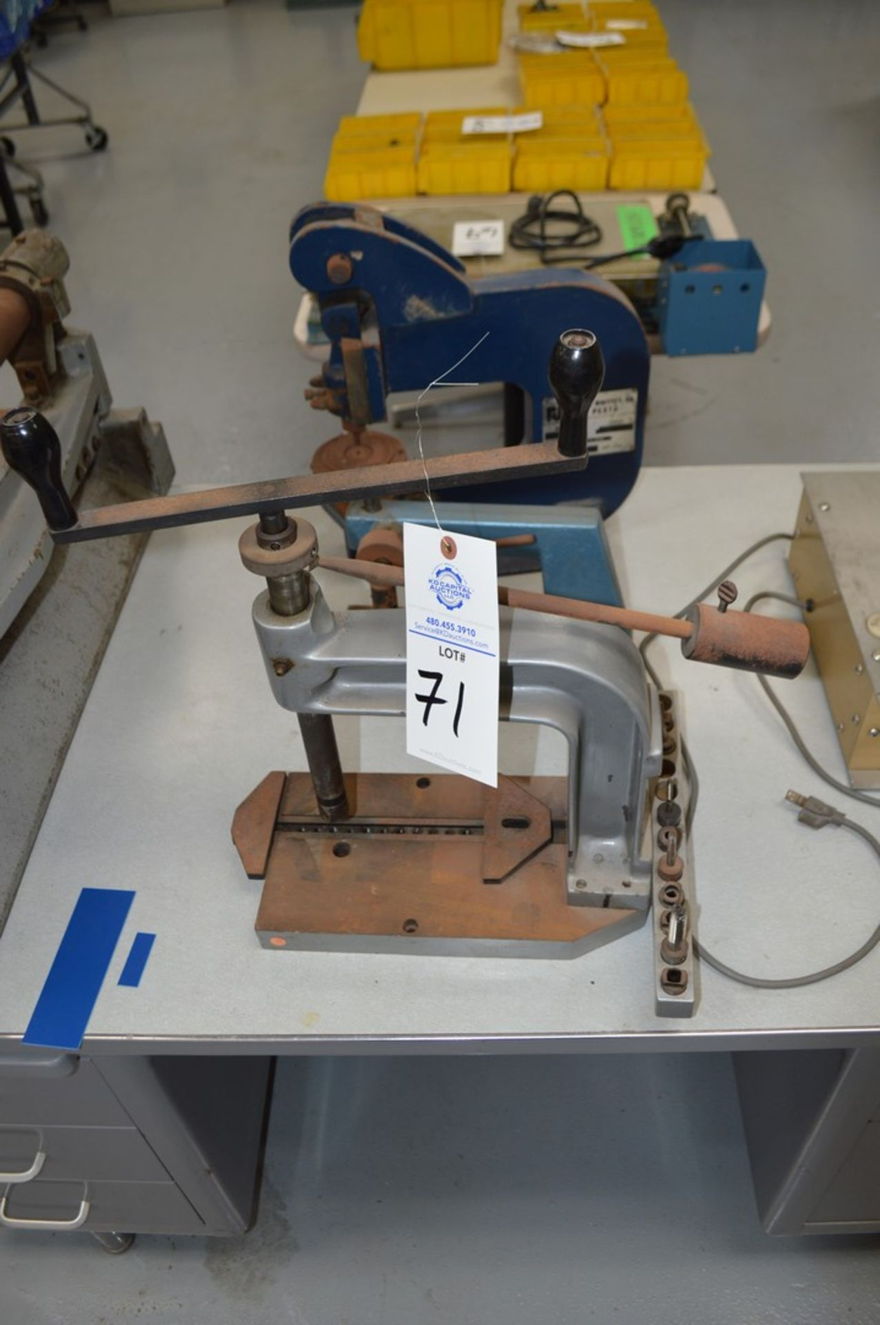 Roper Whitney Model 118 4 Ton Punch, hand tapping machine with dies, small instertion press - Image 5 of 5