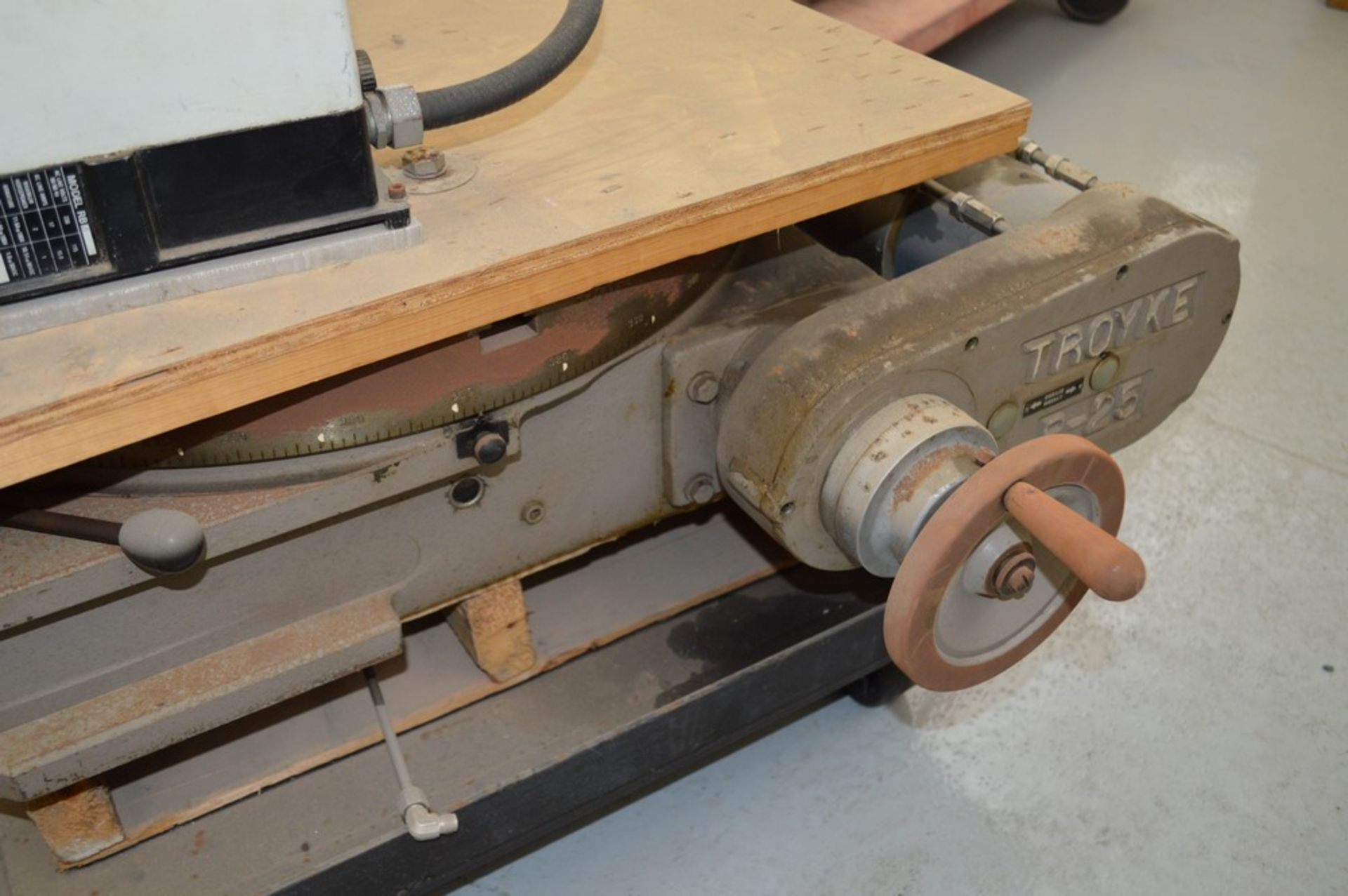 Troyke Model P25 full 4th electric rotary table with low speed gear, 1 reducer and motor speed - Image 3 of 6