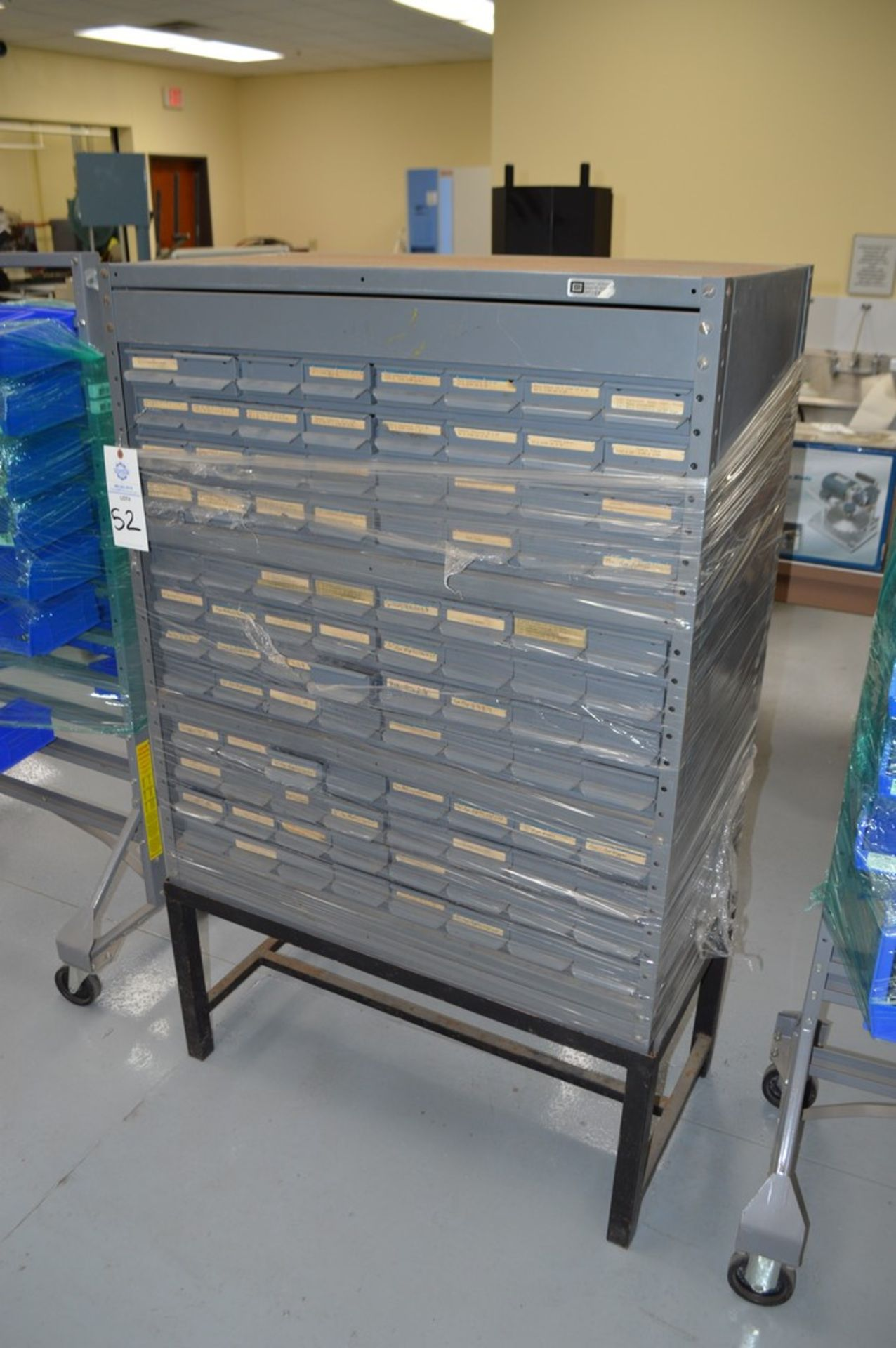 General Instruments gray metal parts organizer with 96 tray drawers on metal stand - Image 2 of 3