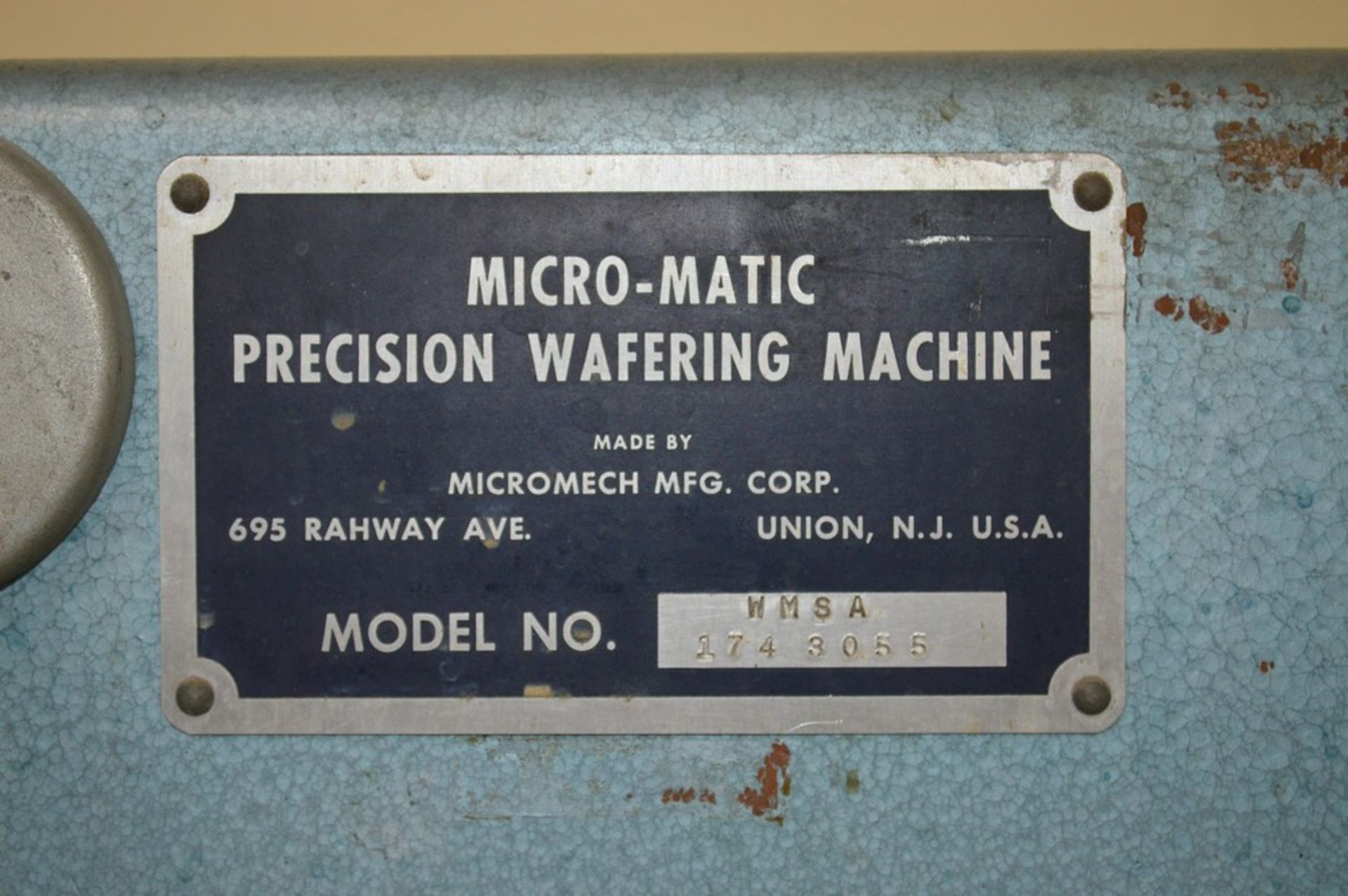 Micromatic Precision Diamond Wafering Saw model WMSA 1743055, spare parts, table and spindle speed - Image 2 of 9