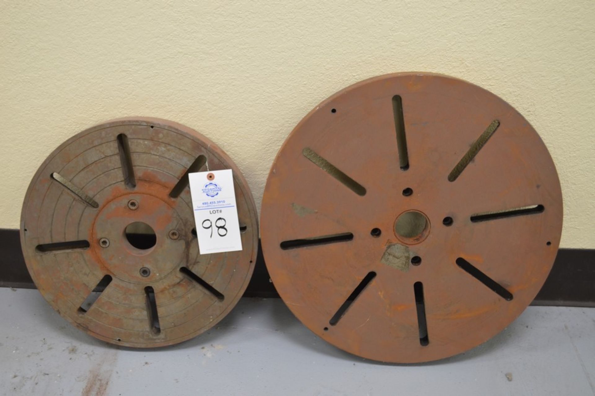 """(2) lathe faceplates, 4 bolt patterns with 2.5"""" thru holes on each. (1) 17.5"""" and (1) 26"""""""