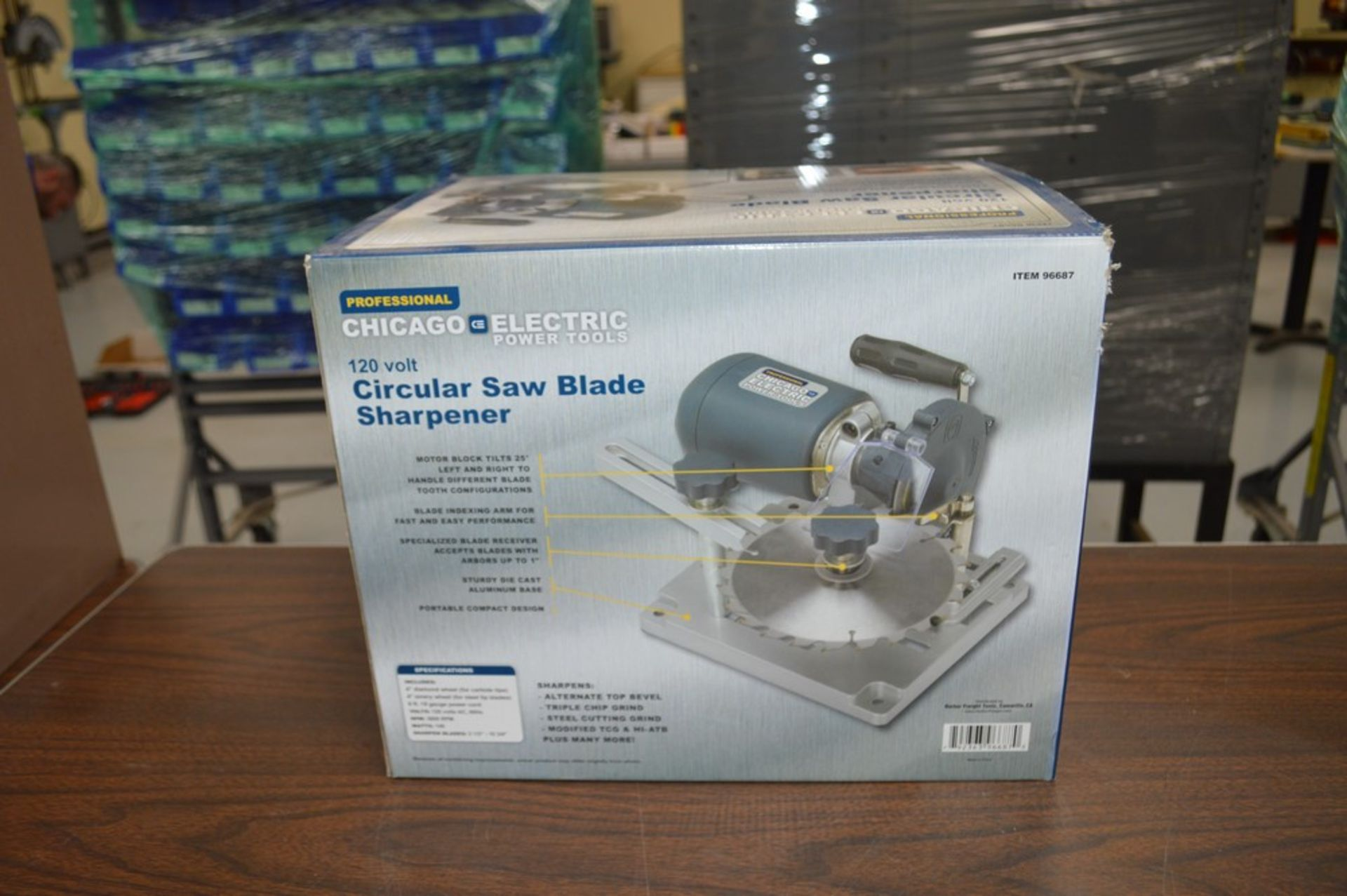 Chicago Electric 120v circular saw blade sharpner, appears new in the box - Image 4 of 4
