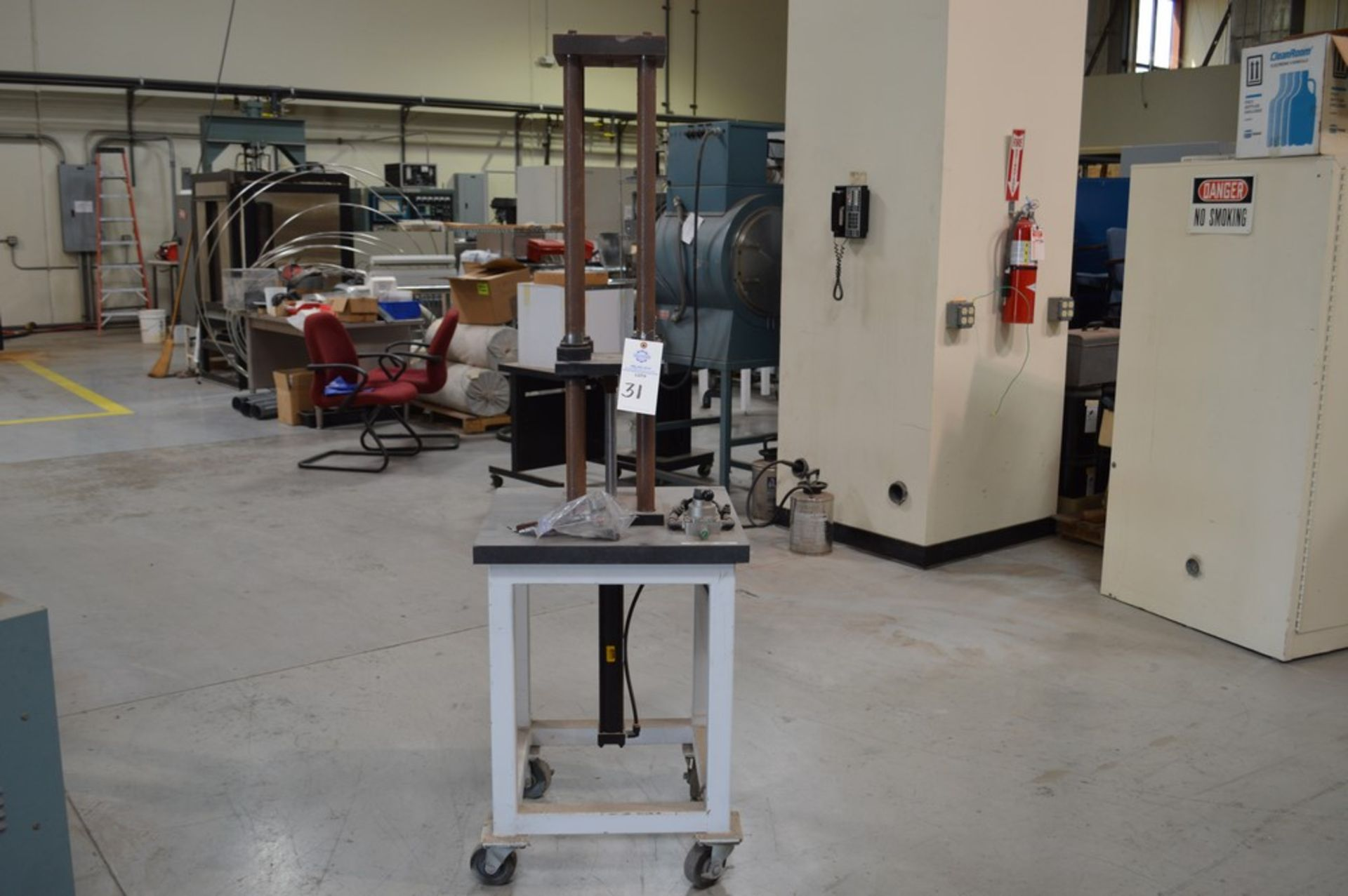 """Parker Hydraulics, rolling 4 post vertical air operated press, 250 psi max 6"""" x 6"""" rigid Thompson - Image 3 of 5"""