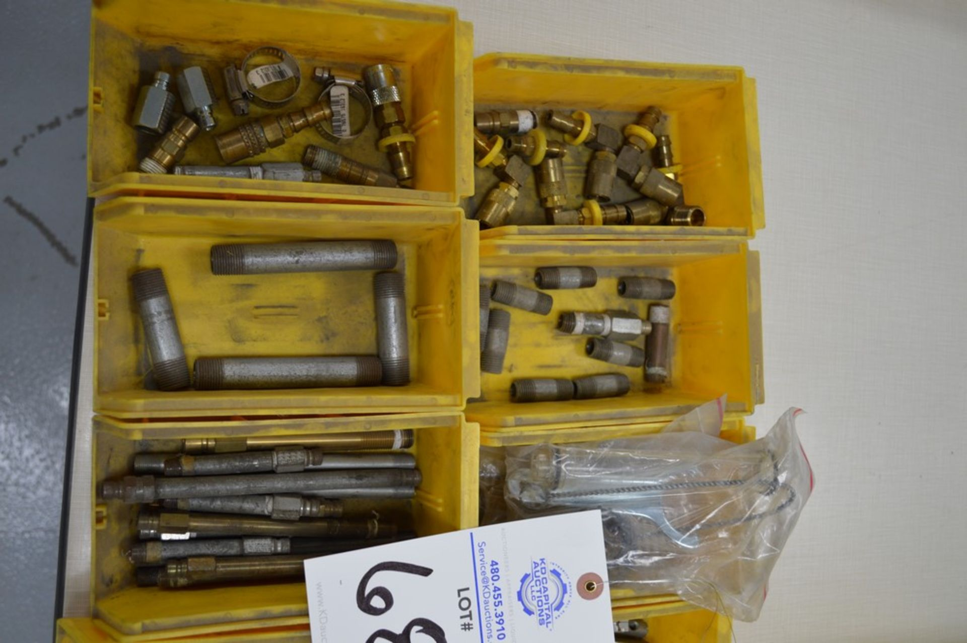 Air connectors, dual threaded connectors, chain, misc hardware - Image 2 of 4
