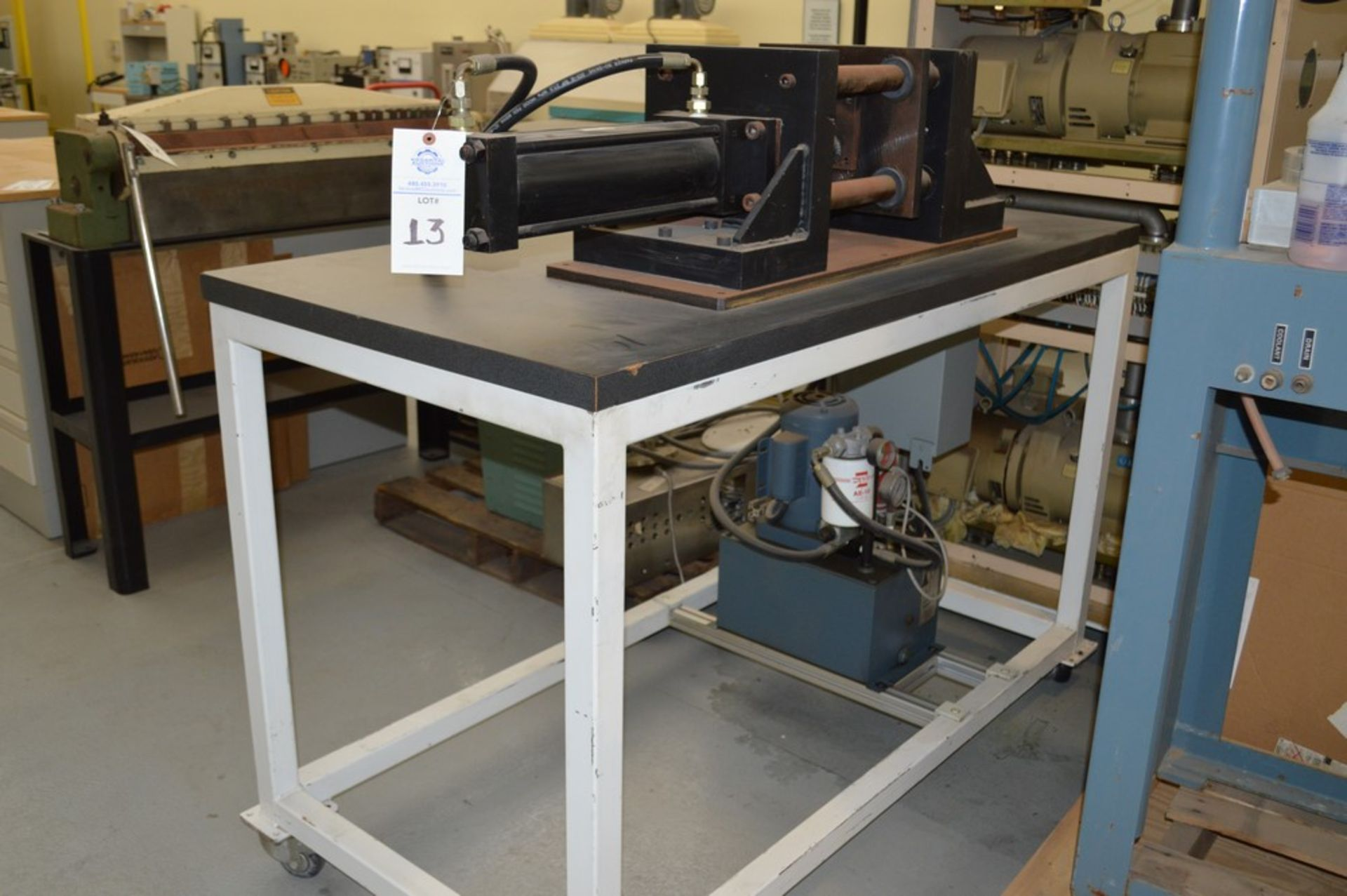 4 Post horizontal press with stand, 3000 psi, RAM speed controls - Image 3 of 8