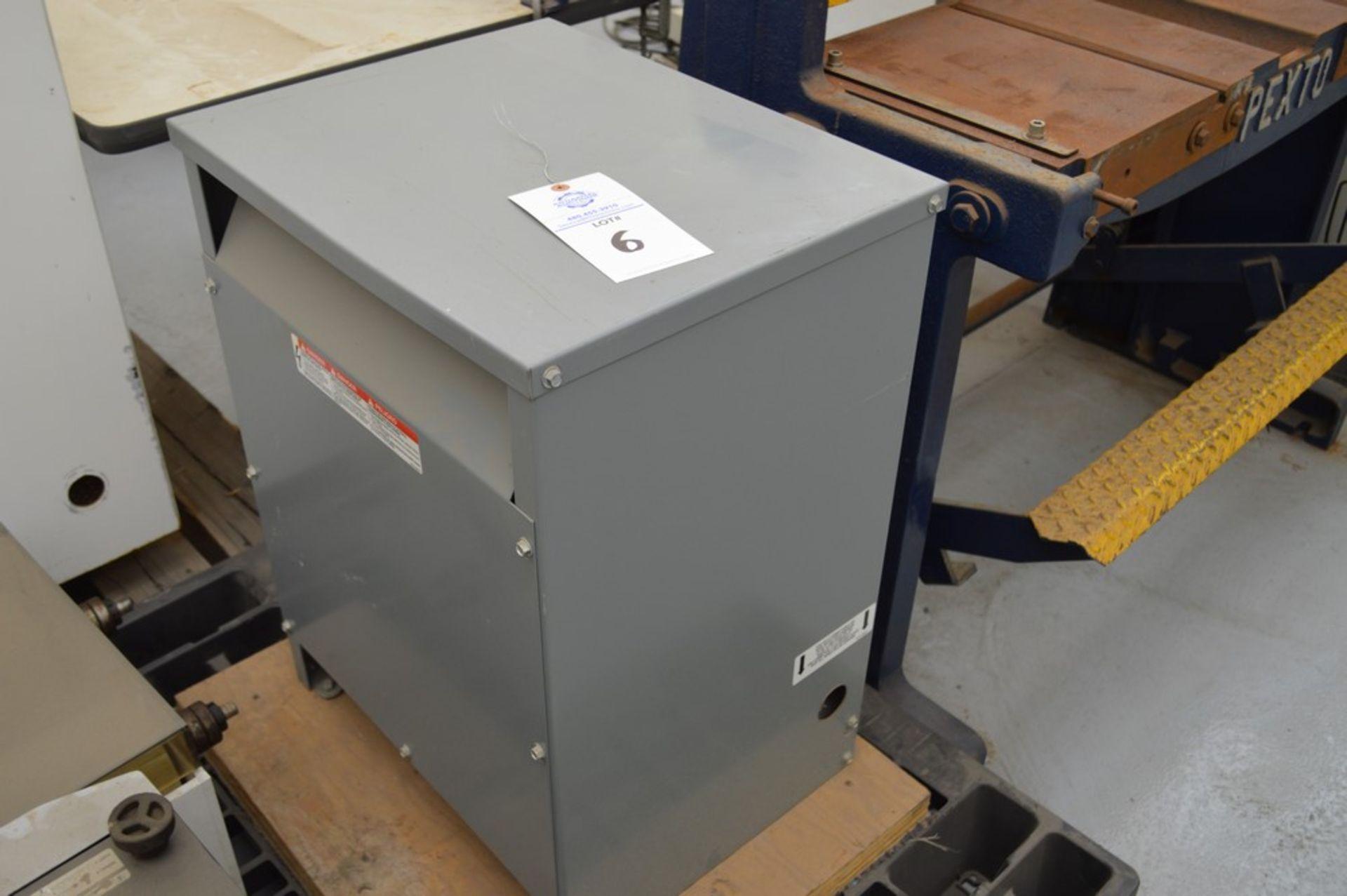 Grey Transformer 30 KVA 3 PhaseSquare D Company, 480V 36 Amp 208 V 83 Amp mounted on wood