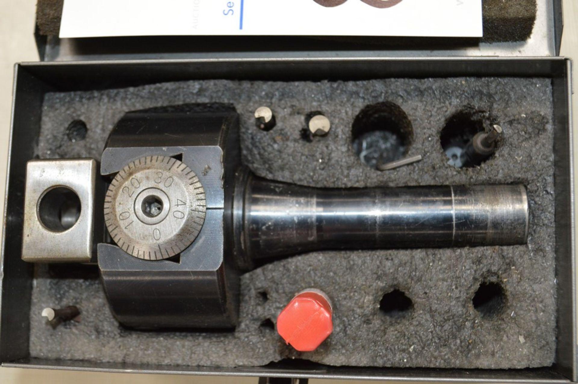 Bridgeport milling adjustable R8 boring head. - Image 2 of 3