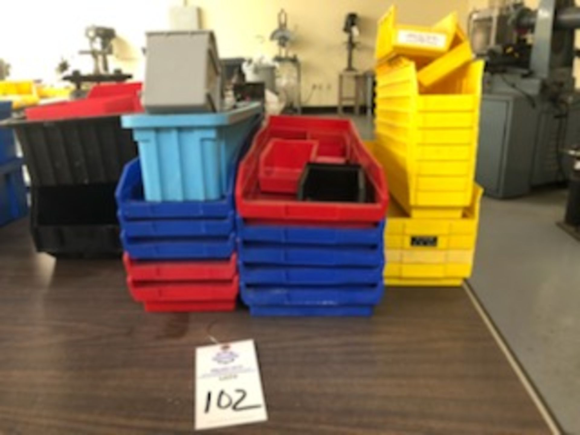 Assorted hard plastic parts bins in various sizes - Image 4 of 4