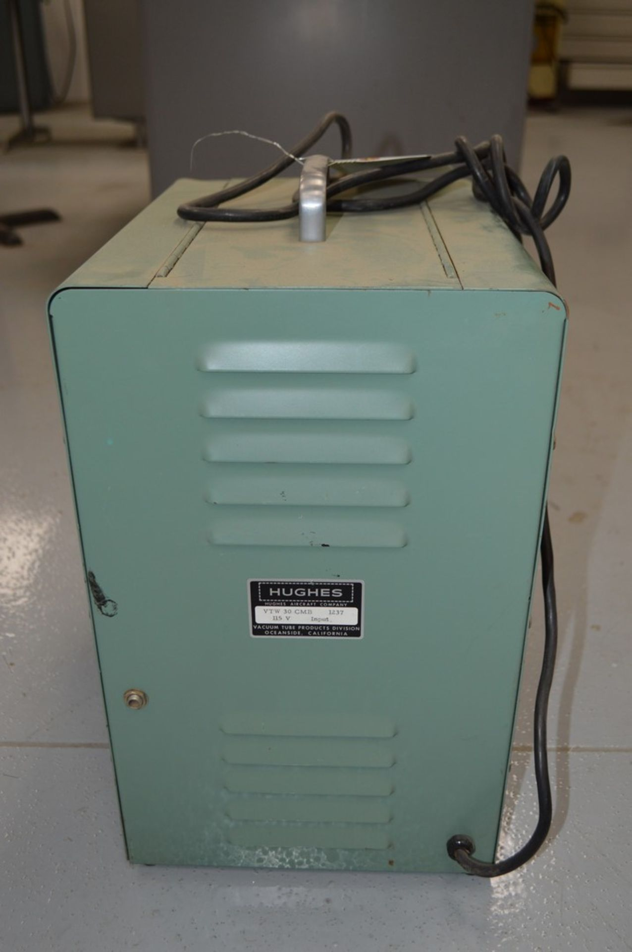 Hughes Model VTW-30C-MB Capacitance discharge spot welder - Image 3 of 3