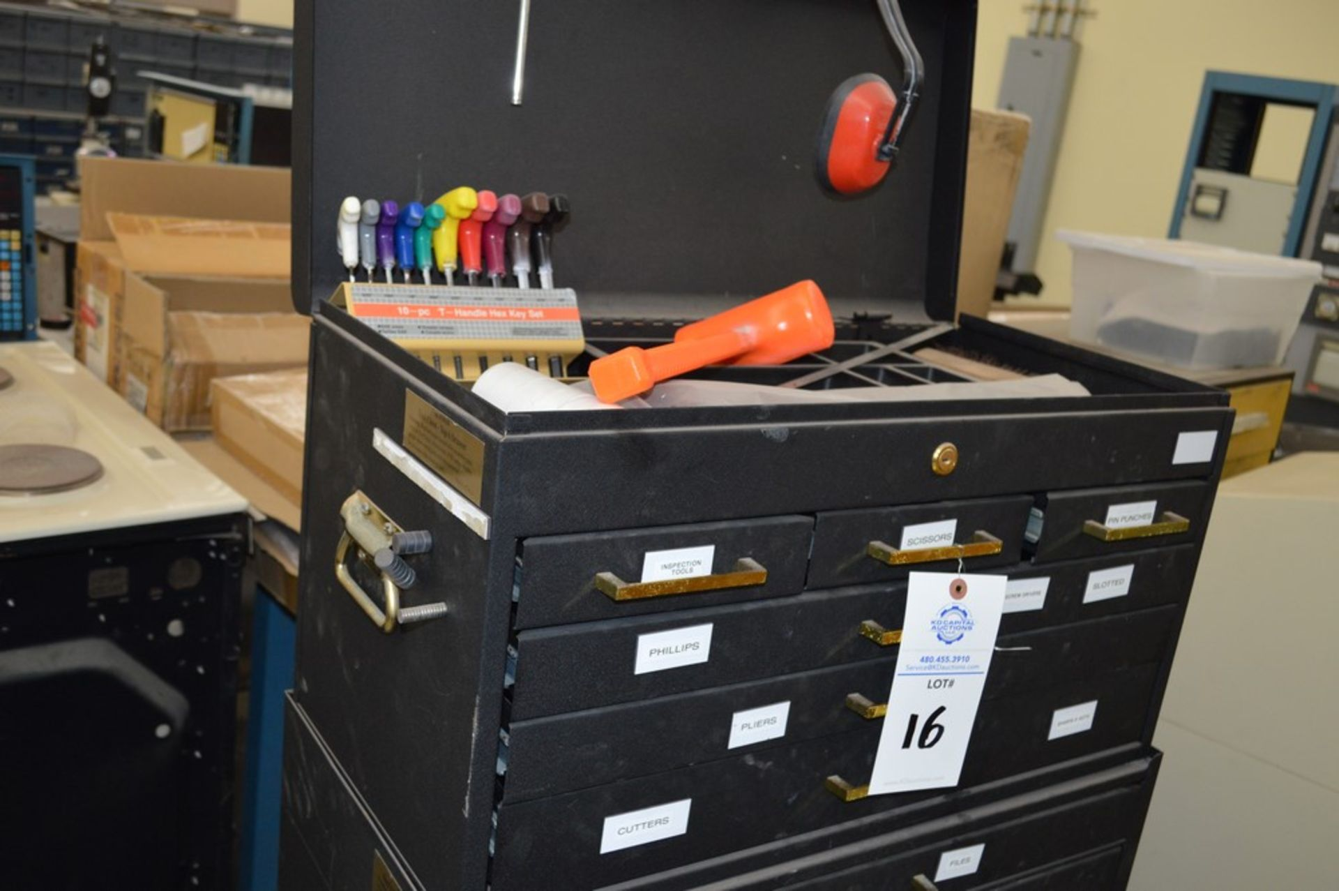(1) Rolling toolbox with contents, 6 drawer top, 2 drawer middle, roller cabinet chest 3 drawer with - Image 3 of 11