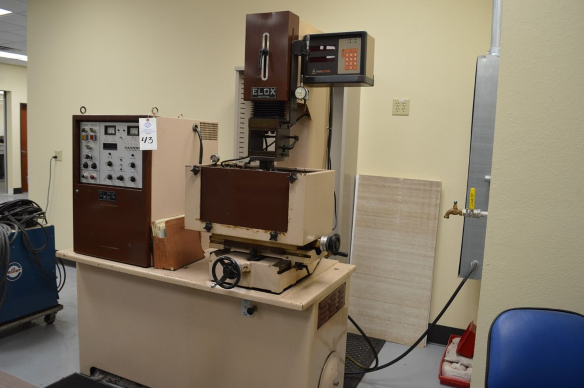 Elox small hole Plunge EDM Systems submersible EDM, Analam mini wizard DRO, benchtop model, 16 x 8 - Image 2 of 8