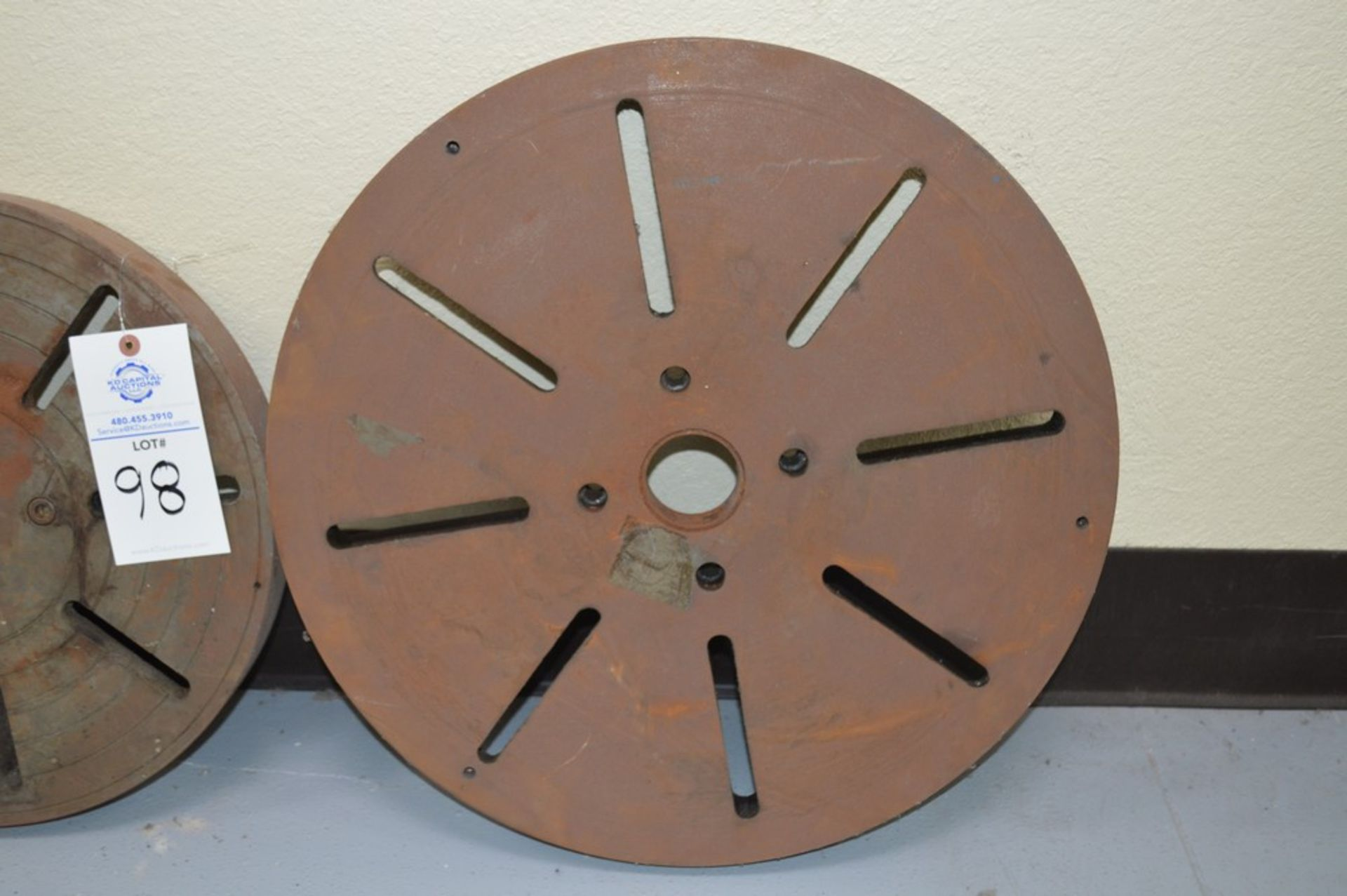 """(2) lathe faceplates, 4 bolt patterns with 2.5"""" thru holes on each. (1) 17.5"""" and (1) 26"""" - Image 3 of 3"""