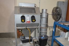 Trinco dry blast cabinet 36/BP-2 with air filter and gloves