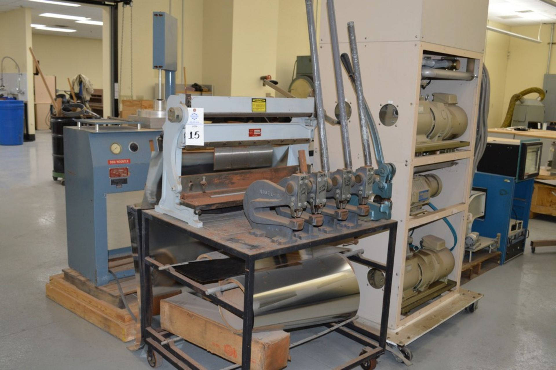 1995 Combined Manual Shear and Break black metal stand, metal rolls, (4 Each) Henrich/Pexto Model- - Image 2 of 8