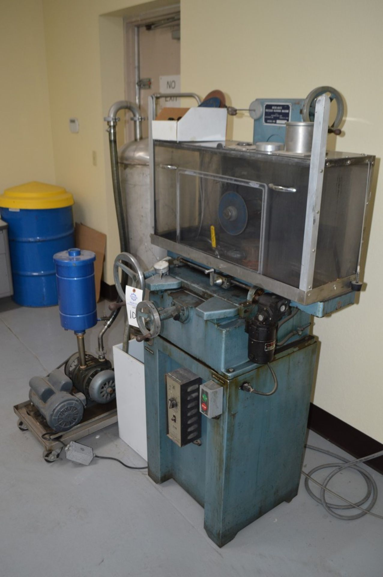 Micromatic Precision Diamond Wafering Saw model WMSA 1743055, spare parts, table and spindle speed - Image 8 of 9