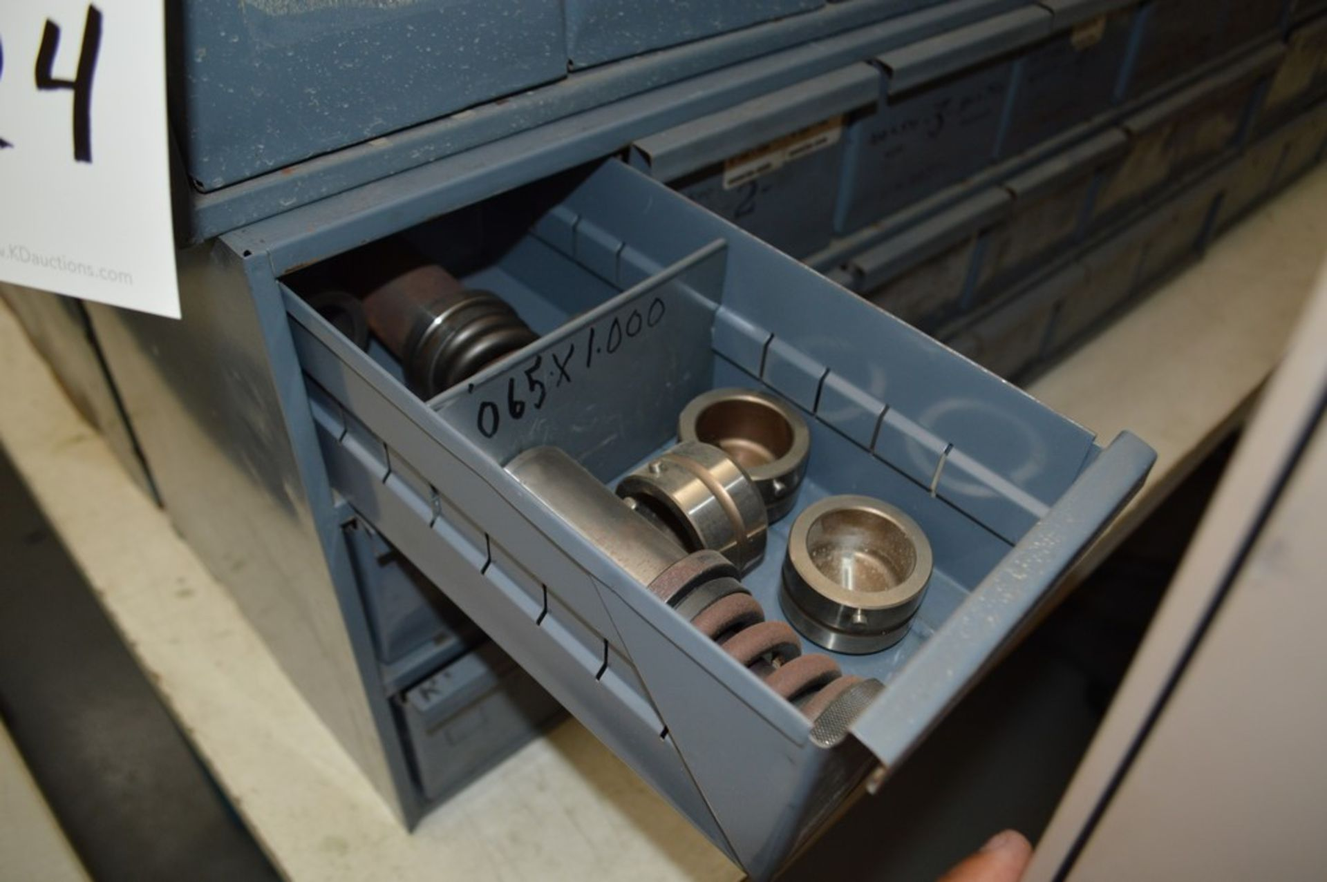 8 Metal cabinets with punch tooling and accessories, all contents included - Image 6 of 9